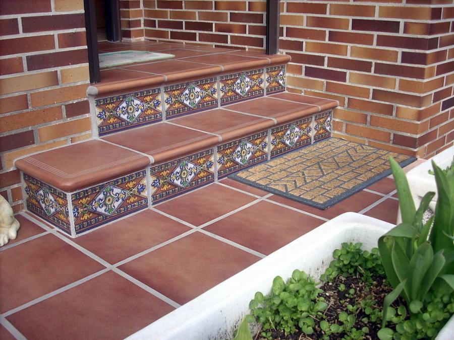 Foto baldosas de gres en suelos de terrazas de gisec for Suelos para terrazas exteriores fotos