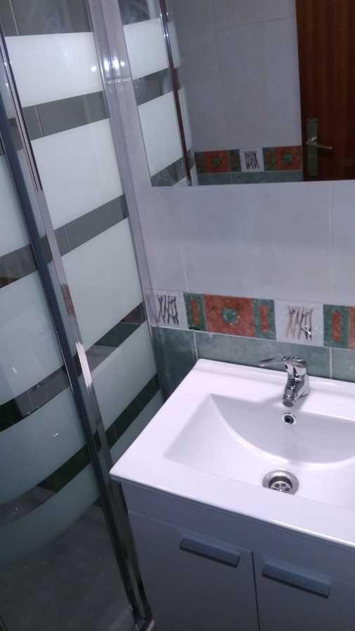 Cambio de mueble de baño y mampara