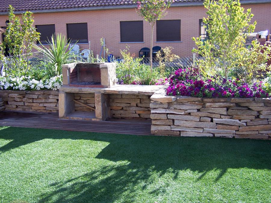 Foto bancales piedra de paisaje jardiner a profesional - Piedra para jardineria ...