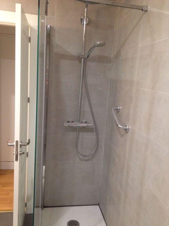 Foto ba o microcemento ducha de proyecto hogar 652301 - Microcemento banos precio ...
