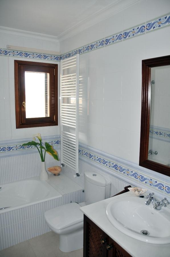 Azulejos Baño Rustico Porcelanosa:Foto: Baño Rustico de Porcelanosa de Construcciones Andreu Bonet