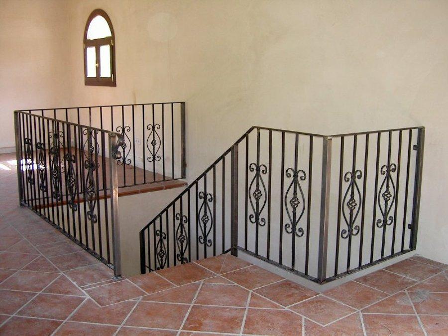 Foto baranda de escalera de hierro y forja de hns tirado - Barandas de forja ...
