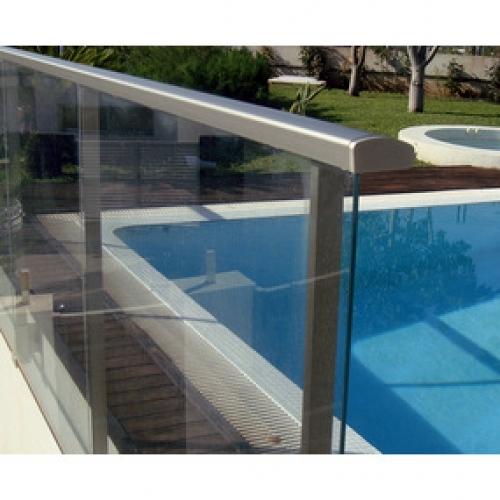 Barandas de aluminio con vidrio laminados transparentes