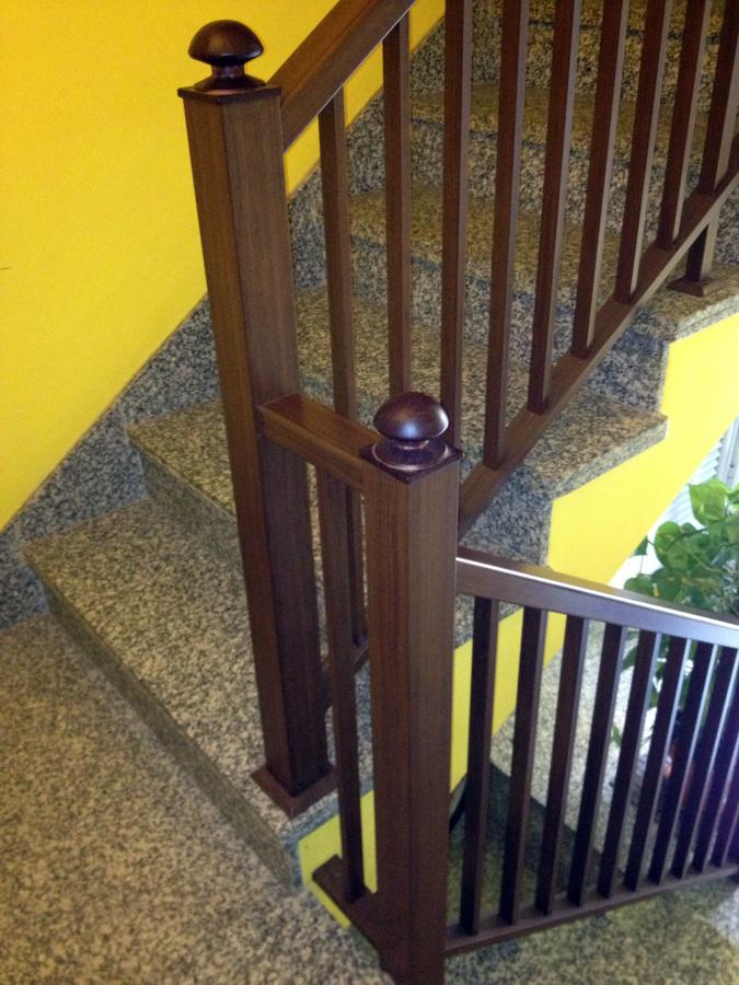 Foto barandilla de aluminios los andenes sll 323099 - Peldanos escalera imitacion madera ...