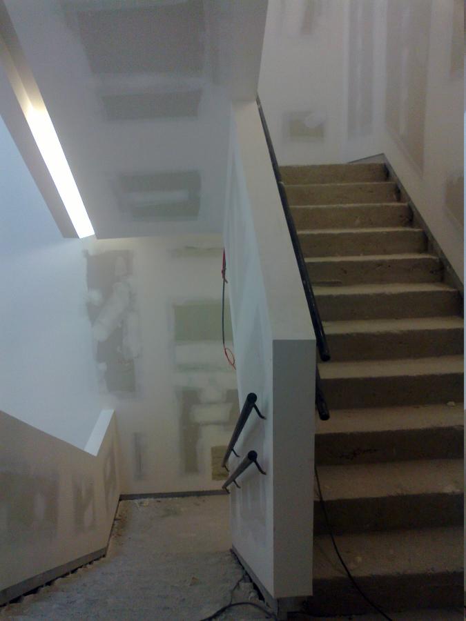 Foto barandillas escaleras archivo historico bilbao de - Escaleras con barandilla de cristal ...