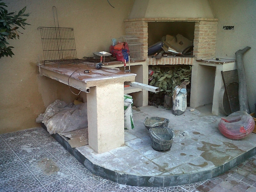 Foto barbacoa de obra de construcciones mejuto arias s l - Barbacoas de obra modernas ...