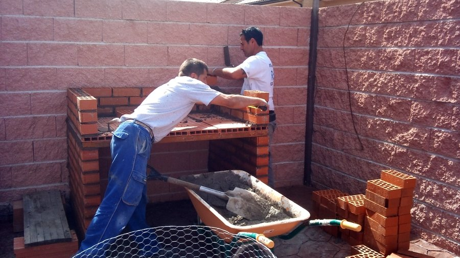 Foto barbacoas de obra de reformas ruben 318263 for Fotos de barbacoas de obra para jardin