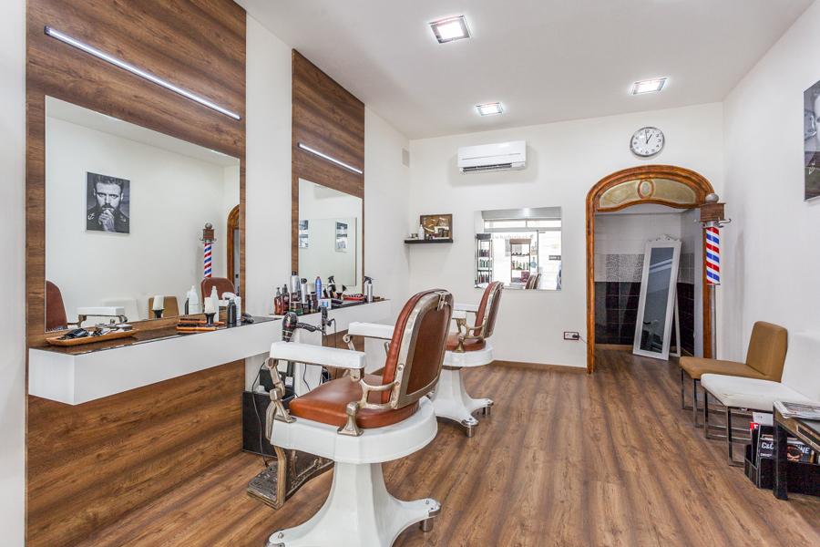 Foto barber a vicen moret de di in dise o interior for Iluminacion para peluquerias