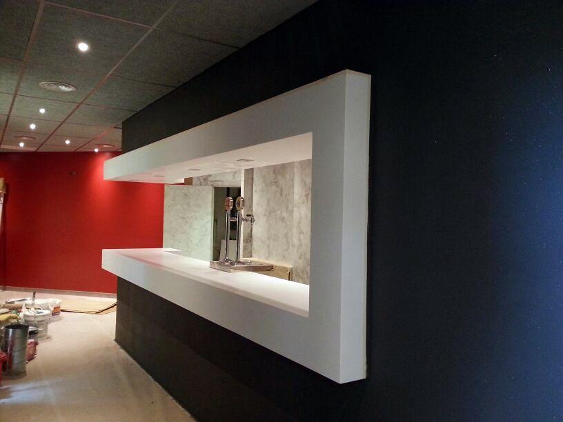 Foto barra de bar de reformes i projectes barcelona for Modelos de barras de bar
