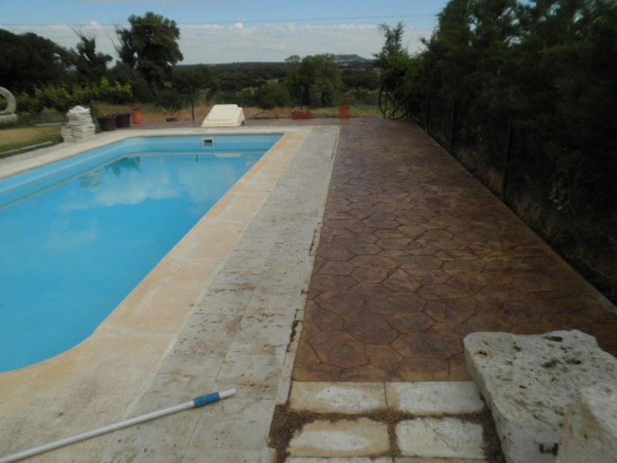 Borde piscina