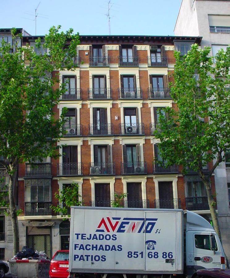 Foto c antonio maura 20 madrid de avento s l 594157 for Tejados y fachadas vizcaya