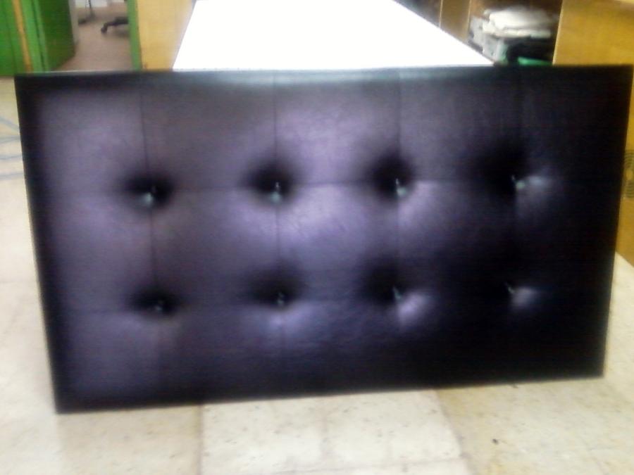 Foto cabecero de cama tapizado en semi piel negro de tapizados tigot 379487 habitissimo - Cabeceros de cama tapizados en piel ...