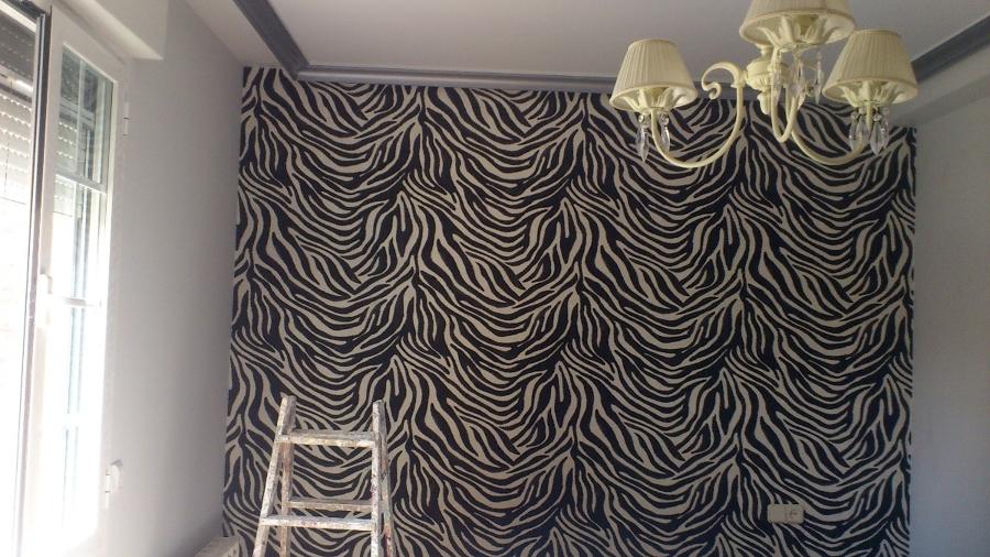 Cabecero habitación empapelado