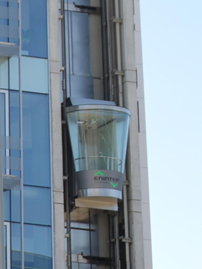 Cabina panorámica con forma de vaso