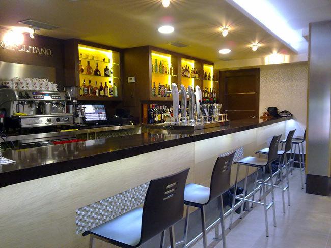 Foto cafeteria metropolitano toledo de studio2 337321 - Decoradores en toledo ...