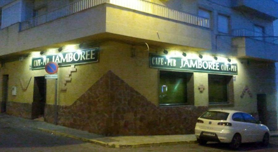 INGENIERÍA FORNIELES, realiza proyecto de Cafetería Pub.