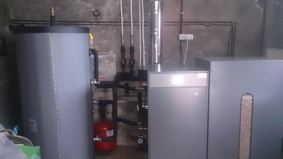 Foto caldera de pellet de 25 kw para agua caliente y calefacci n de infinitysun 539017 - Caldera pellets agua y calefaccion ...