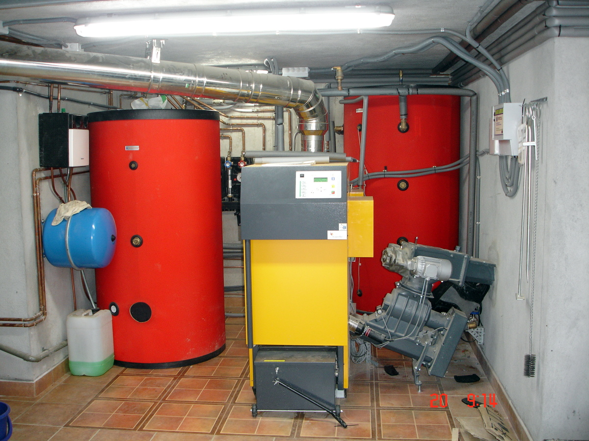 Foto caldera kapelbi para calefaccion y acs de enere for Calderas para calefaccion