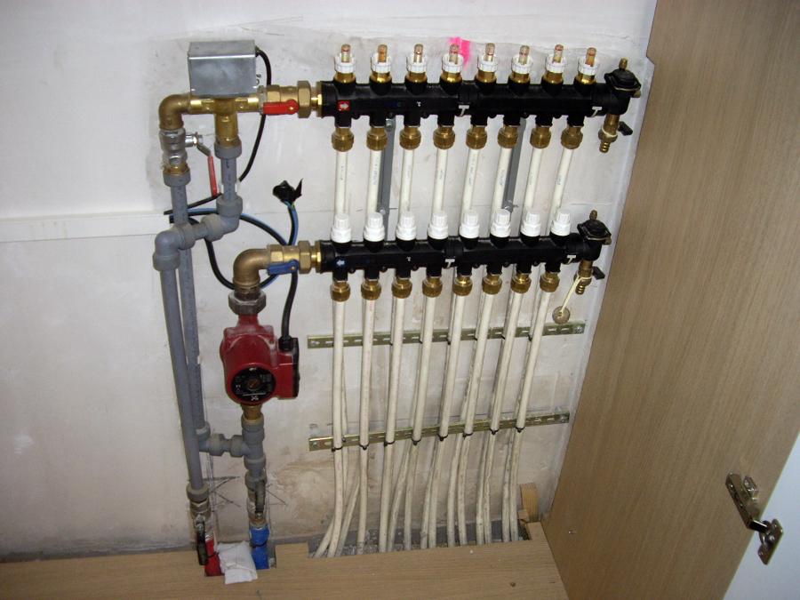 Foto calefaccion por suelo radiante de instalaciones - Calefaccion por hilo radiante ...