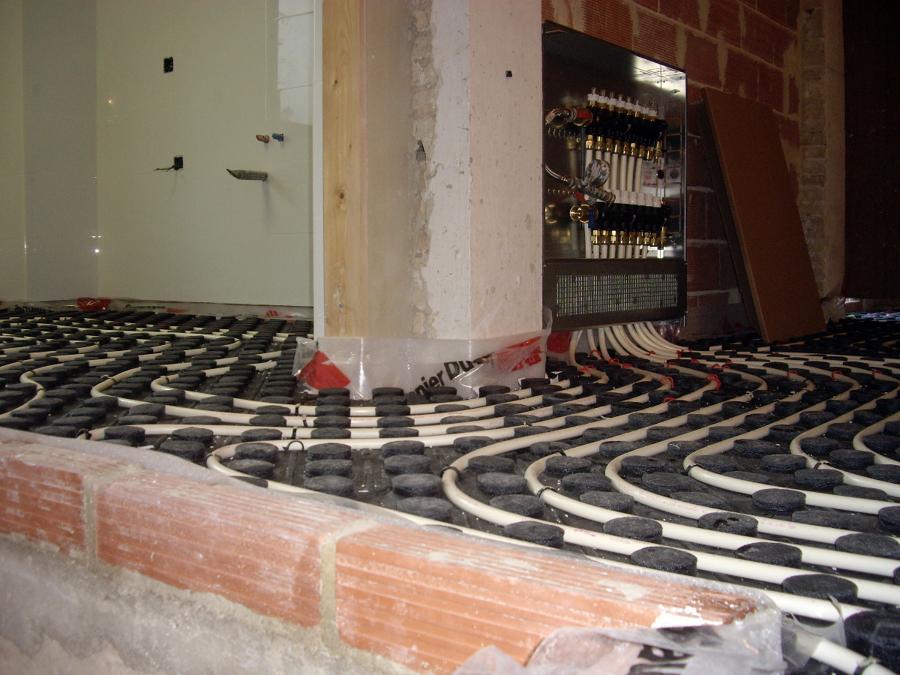Foto calefaccion por suelo radiante de instalaciones - Calefaccion suelo radiante ...