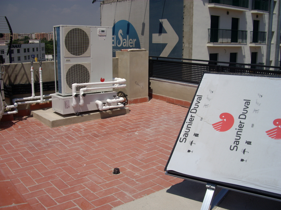 Foto calefaccion por suelo radiante refrescante y sistema - Suelo radiante aerotermia opiniones ...