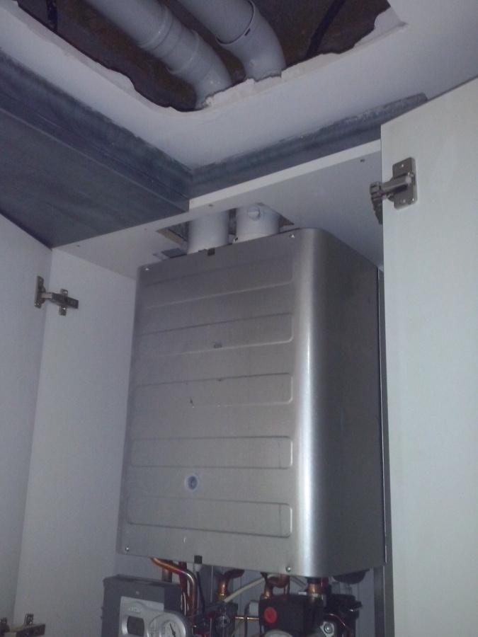 Instalación caldera condensación de doble flujo