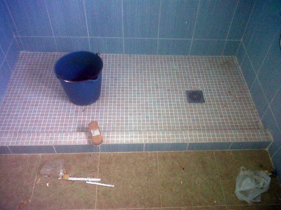 Foto cambio ba era por plato de ducha de construcciones - Cambio de banera por ducha madrid ...