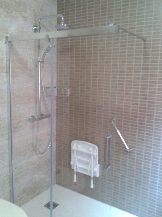 Foto cambio de ba era por ducha de tot mampara 548515 - Cambio de banera por ducha madrid ...