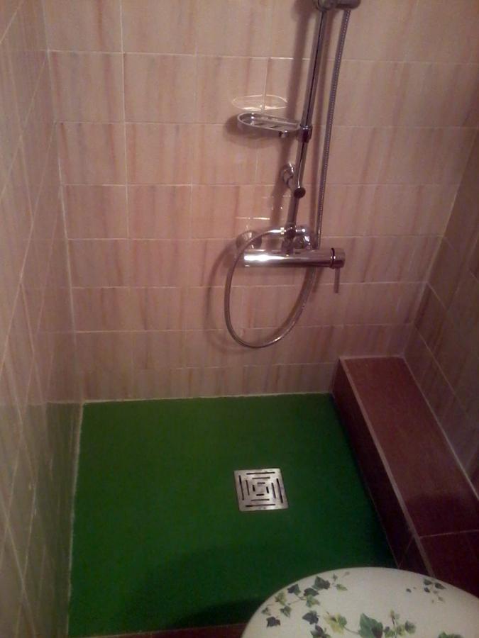 Foto cambio de ba era por plato de ducha de reformas sanz - Cambio de banera por ducha madrid ...