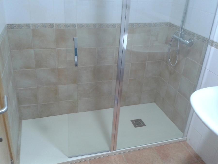 Foto cambio de ba era por plato de ducha de reformasyduchas 650232 habitissimo - Cambio de banera por ducha ...