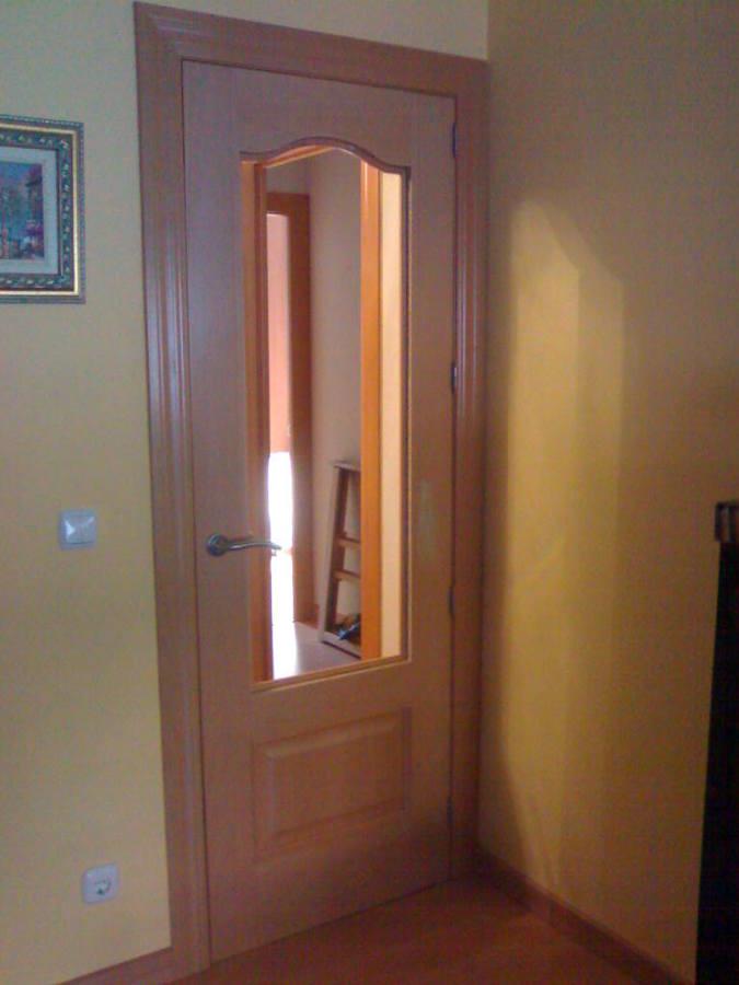 Foto cambio de puertas de vivienda de reformas seven for Puertas para vivienda
