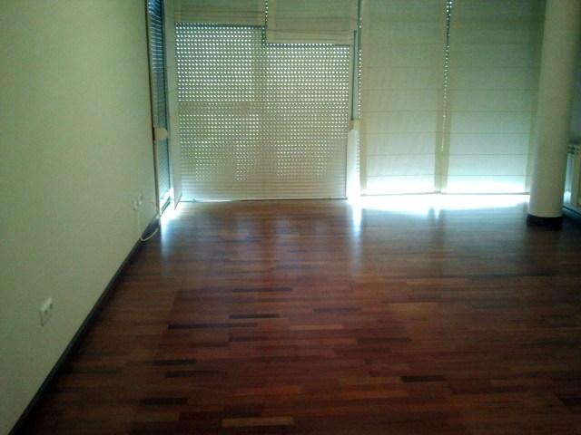 Foto cambio de tarima flotante y pintura en piso de - Cambio piso en zaragoza ...