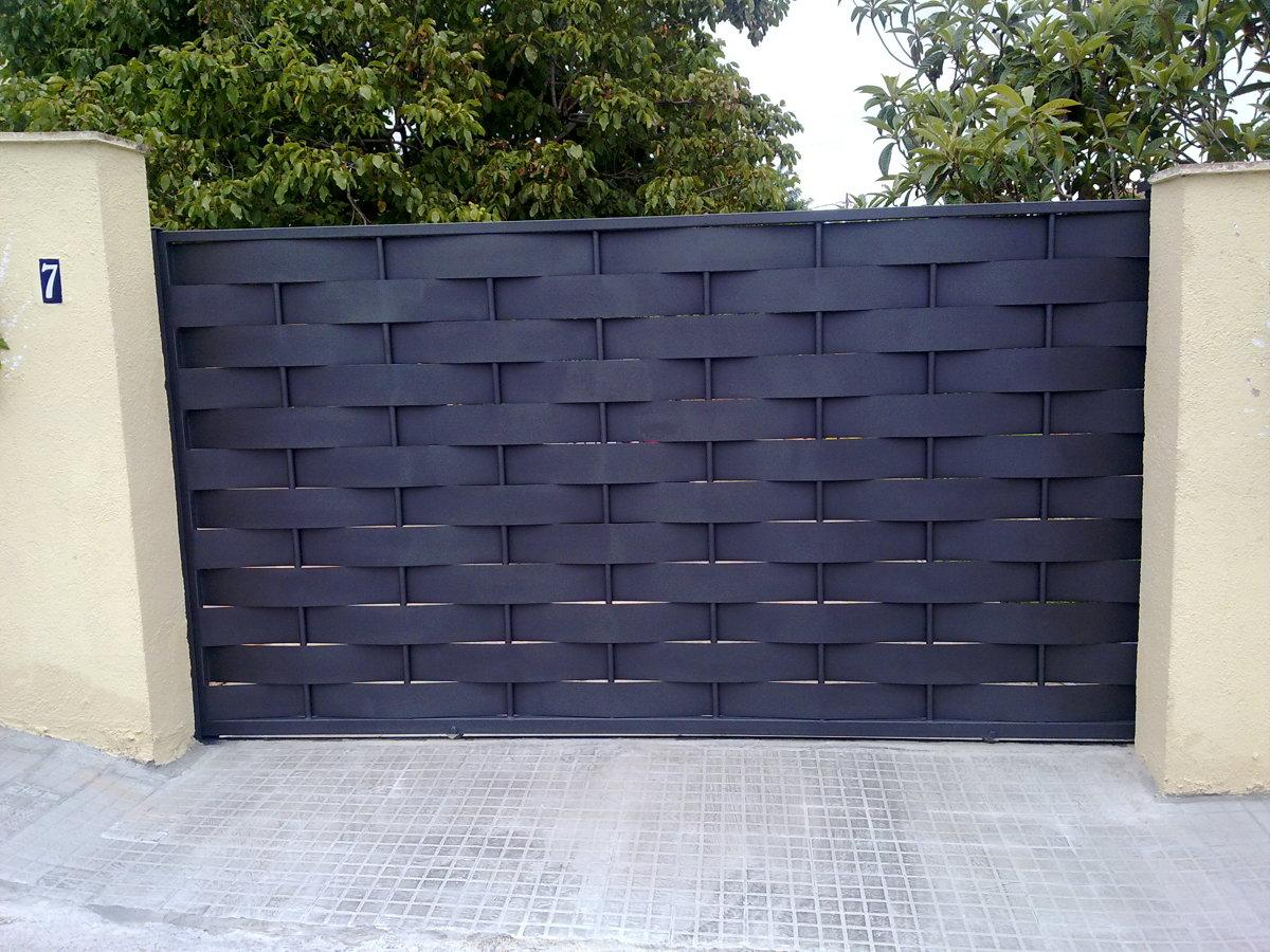 Foto cambio puertas de acceso de constru llars anoia - Cambio de puertas ...