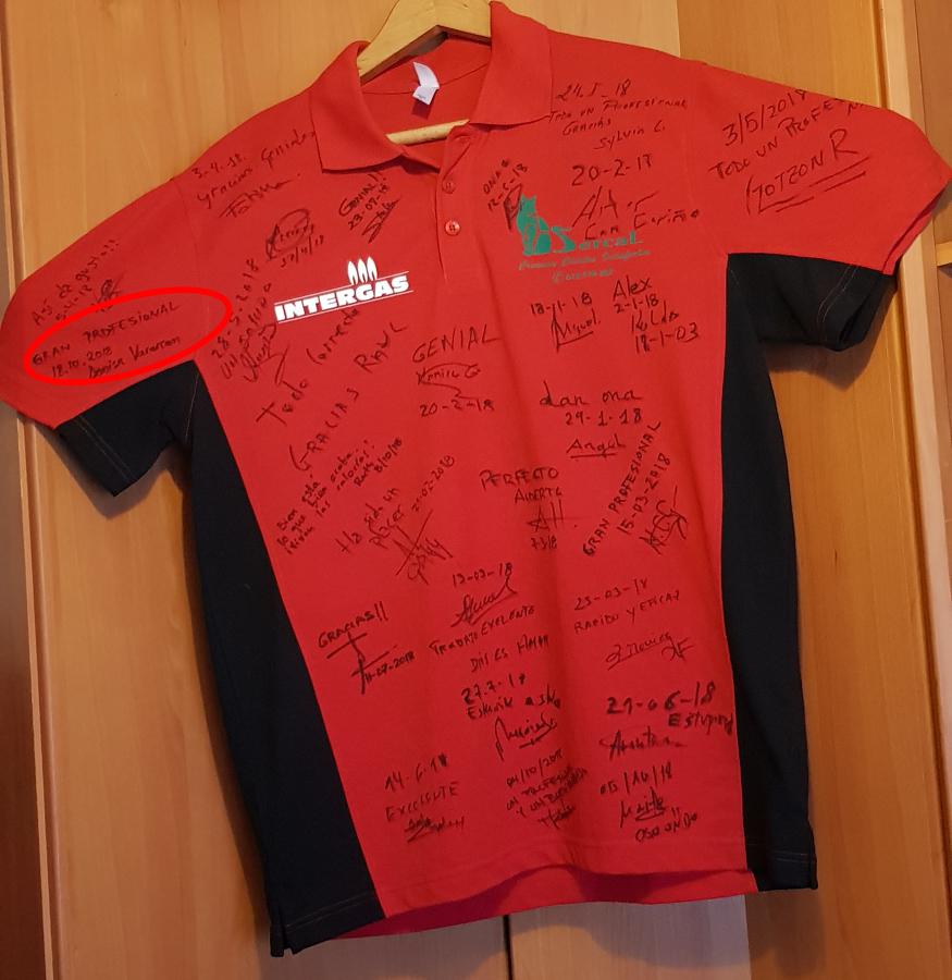 Camiseta Sercal Intergas firmada Denisa Vararean..jpg