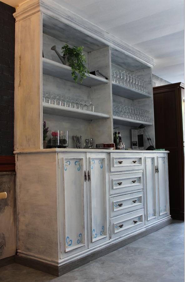 Foto pintura sobre mueble efecto envejecido de ingrup - Pintura efecto envejecido ...