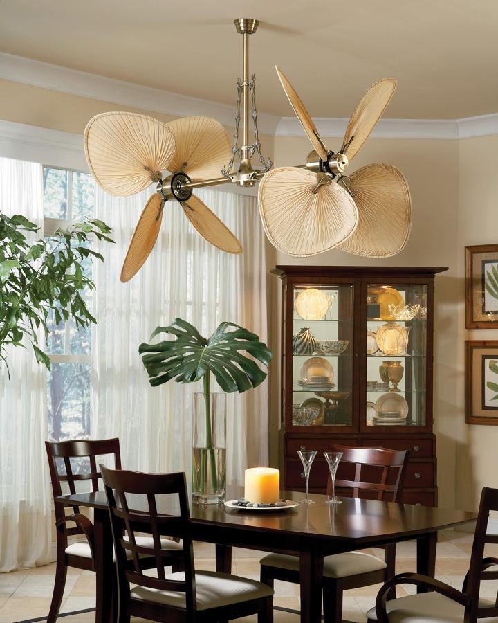 Foto casa bruno ventilador de techo palisade lat n antiguo con aspas de palmera natural de - Ventiladores de techo antiguos ...