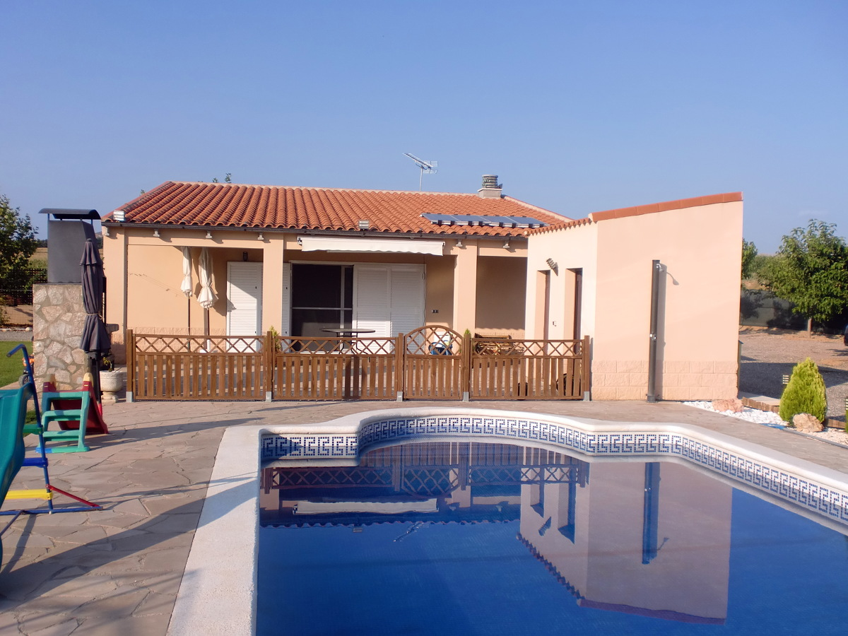 Foto casa de campo con piscina de faymo center 21 s l for Casas de piscinas