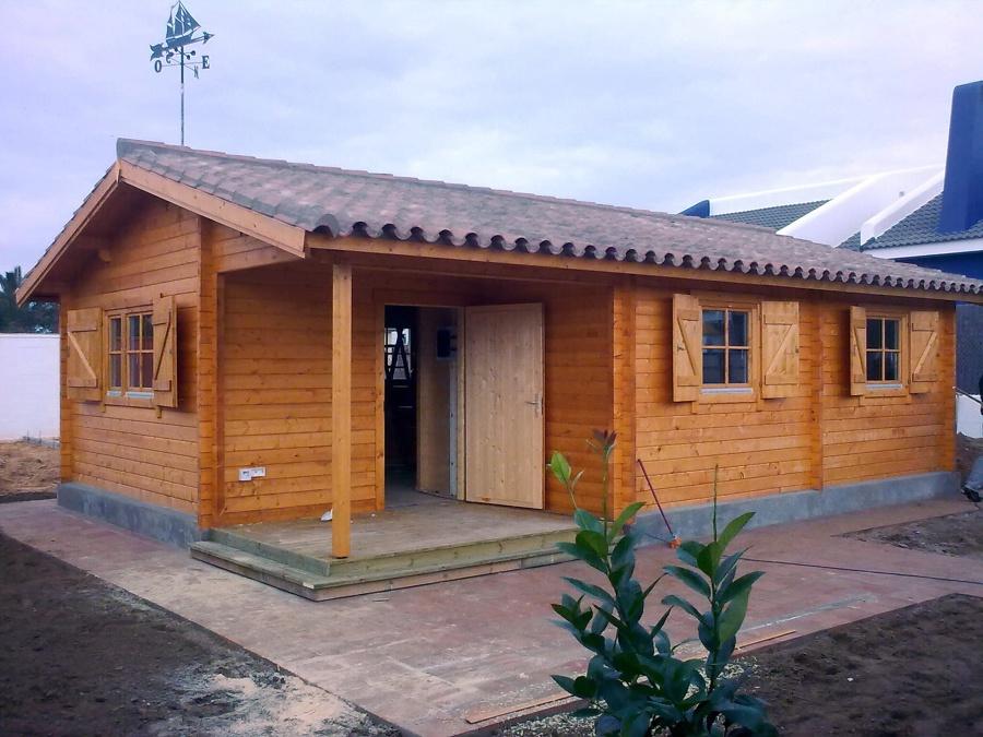 Foto casa de madera en el puerto de santa mar a de - Casas prefabricadas granada ...