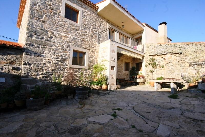 Casa Rural y urbanización del patio, Almeida de Sayago, Zamora