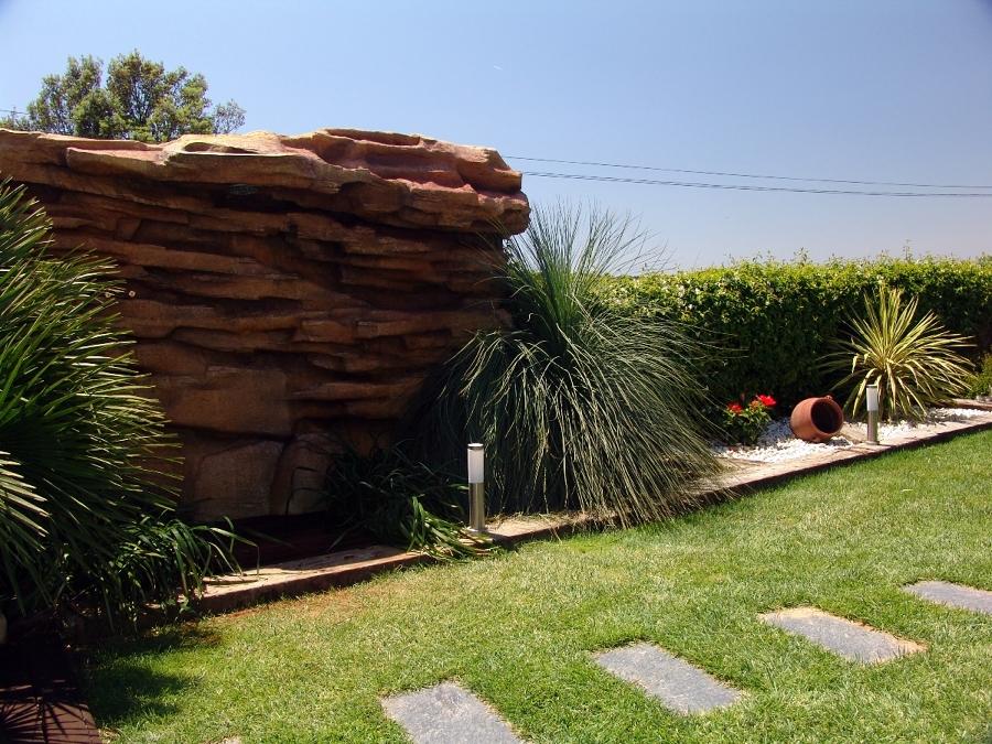 Foto cascada piedra artificial de overstone s l 231445 for Cascadas de piedra para jardin