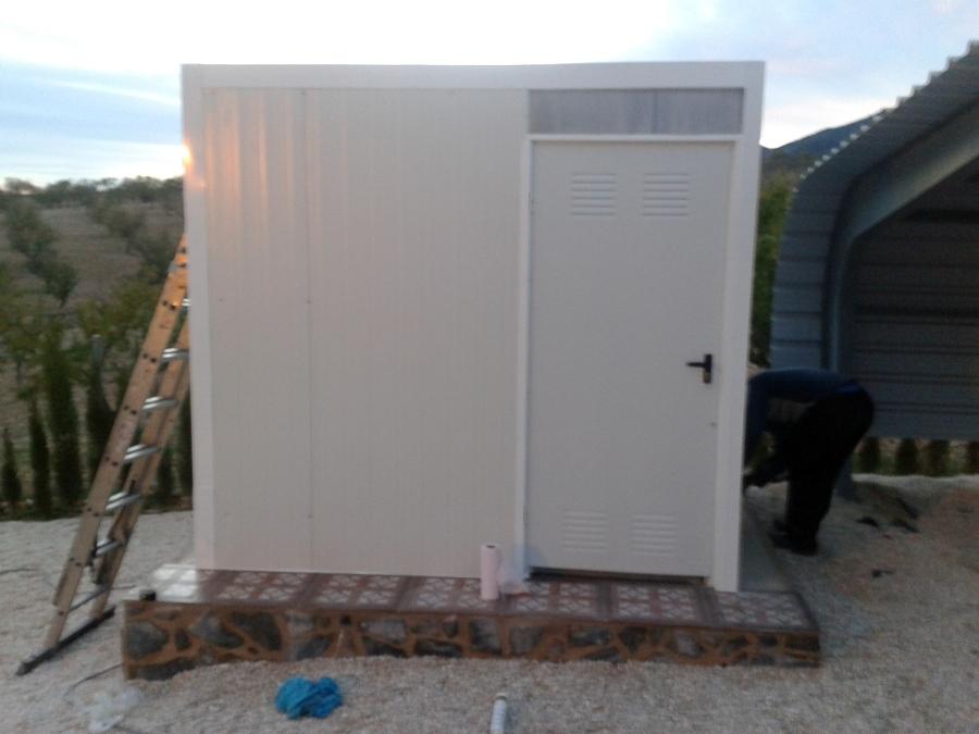Casetas de metal tierra y metal caseta lateral arq for Caseta chapa segunda mano