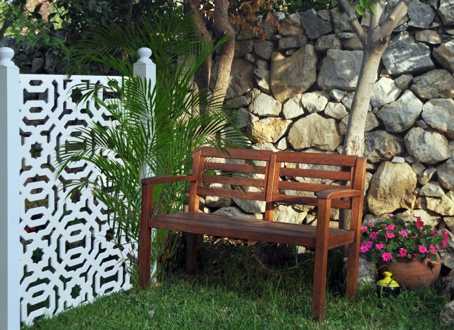Foto celos a vallado jard n de el rincon de arte 409504 for Celosias de jardin