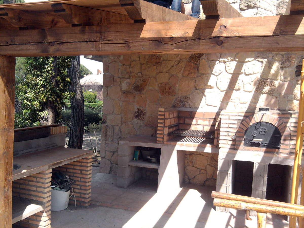 Foto cenador r stico de obra de reformas bp 337484 - Fotos porches rusticos ...