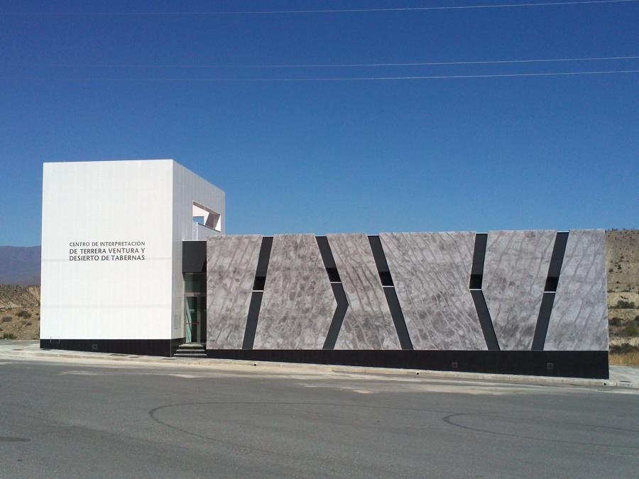 Foto centro de interpretaci n del desierto de tabernas de - Arquitectos interioristas ...