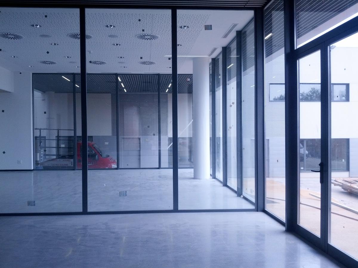 Foto centro empresarial de sabadell de aluminis instal 438789 habitissimo - Centro de sabadell ...