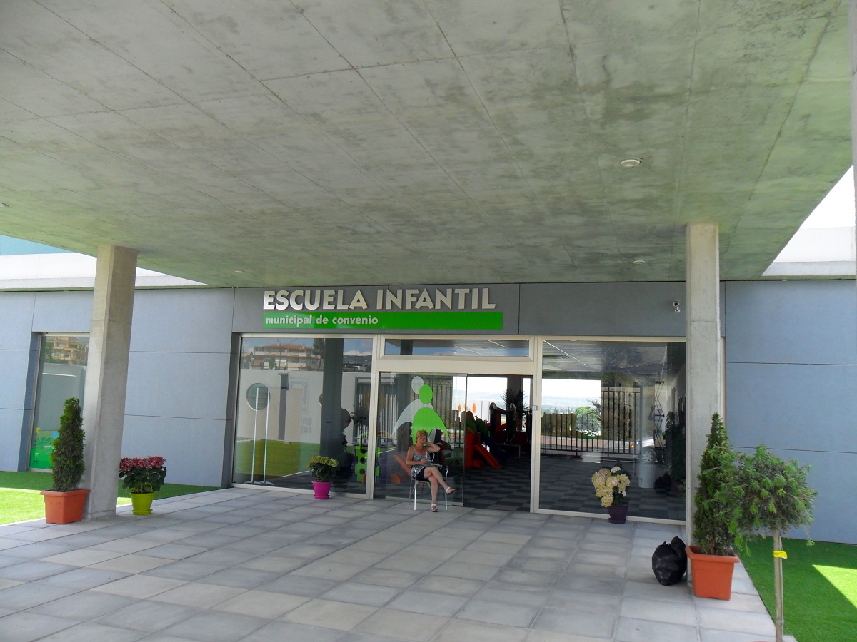 CENTRO INFANTIL DE MARACENA ( GRANADA)