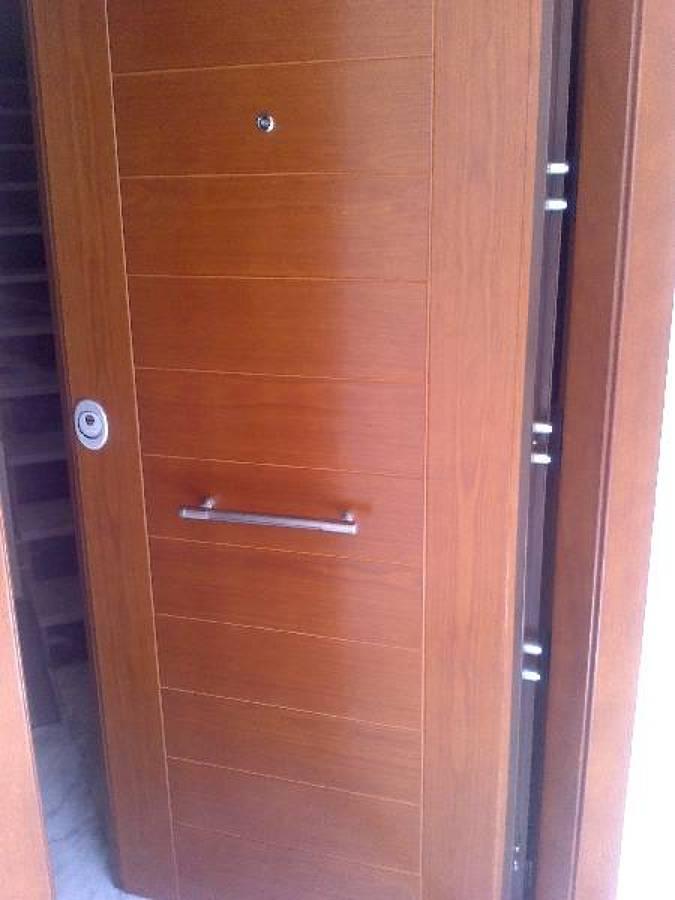 Foto cerrajeros en zaragoza javier puerta acorazada de - Precio puerta blindada instalada ...