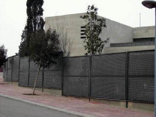Cerramiento con malla arquitectura