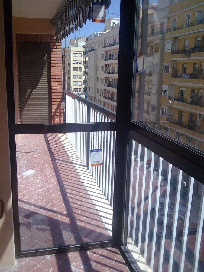 cerramiento de balcon en zona mestalla valencia