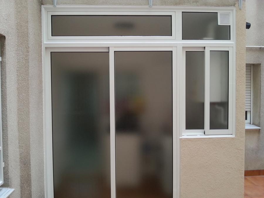 Foto cerramiento de galeria de carpinter a de aluminio - Cerramiento de galerias ...